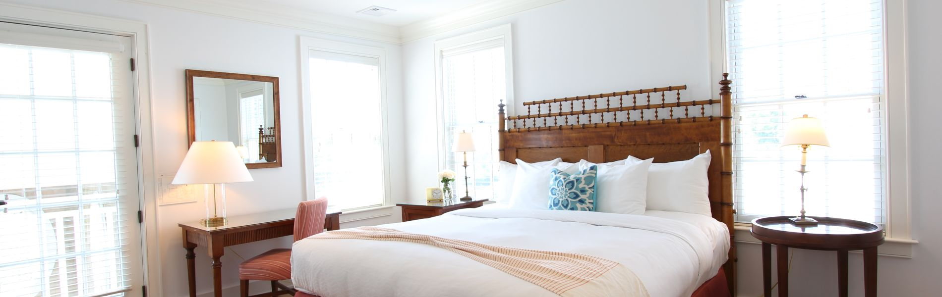 Private Suites in Edgartown - Captain's Cottages at Harbor View Hotel